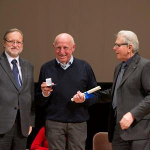 La premiazione di Luigi Baraldo per i 40 anni di carriera